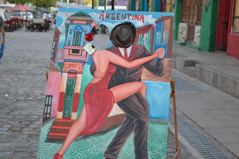 アルゼンチン ブエノスアイレス カミニート