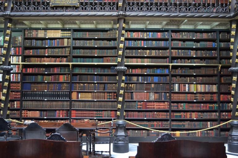 ブラジル リオデジャネイロ ポルトガル王室図書館(幻想図書館) (Real Gabinete Portugues Da Leitura)