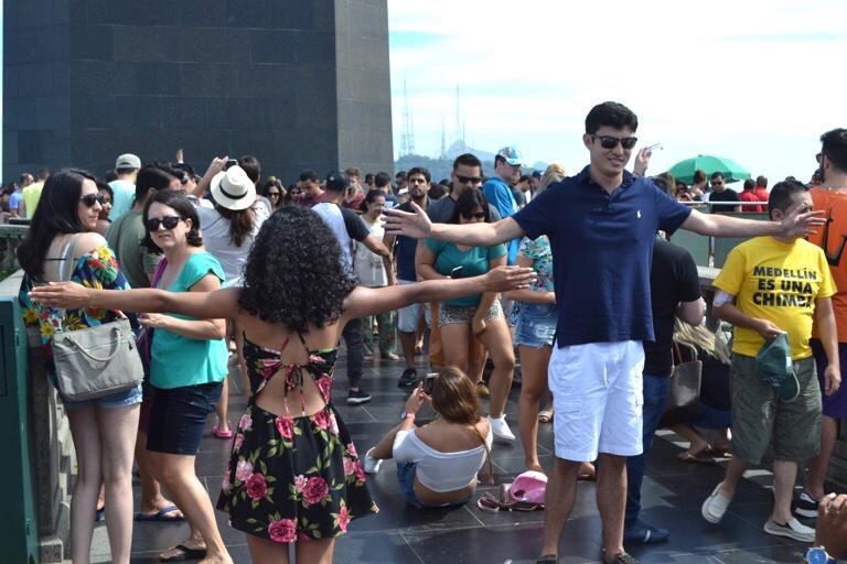 ブラジル リオデジャネイロ コルコバード キリスト像