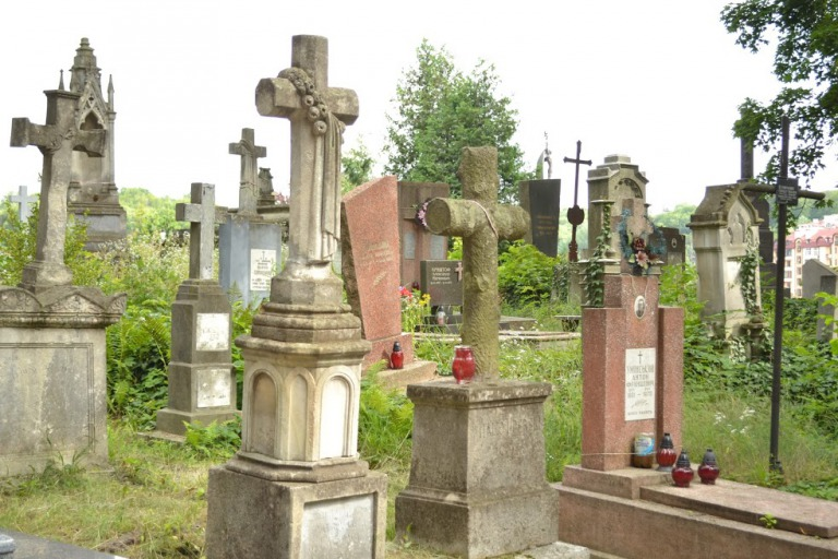 ウクライナ リヴィウ リチャキフ墓地
