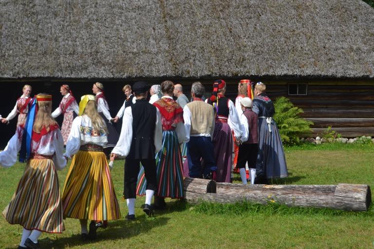 エストニア タリン 民族衣装