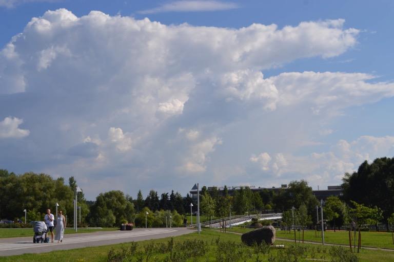 べラルーシ ミンスク 雲
